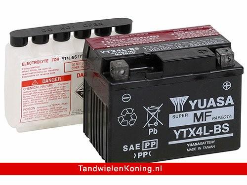 Yuasa Accu YTX4L-BS + Zuurpakket